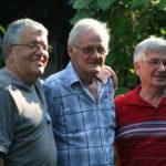 Le fameux trio des cofondateurs de l'AQANU. Au centre, Pierre Dextraze entouré des Victoriavillois Robert Arsenault à gauche et Roland Gingras à droite. (Photo gracieuseté)