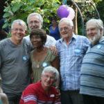 À l'occasion du 40e anniversaire de l'AQANU, le 25 août 2012, les cofondateurs avaient posé en compagnie de Véronique et Grégoire Ruel, des membres actifs depuis longtemps à l'Association. À droite, André Dallaire, celui qui a insufflé l'idée de créer l'AQANU. (Photo gracieuseté)